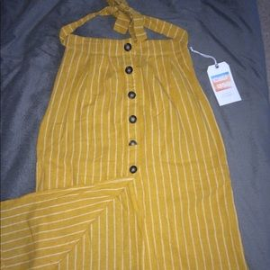NWT Gorgeous mustard and white skirt!